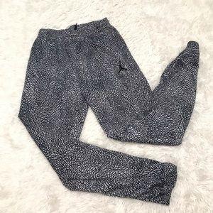 Nike Air Jordan Boys Sweatpants Large Black White
